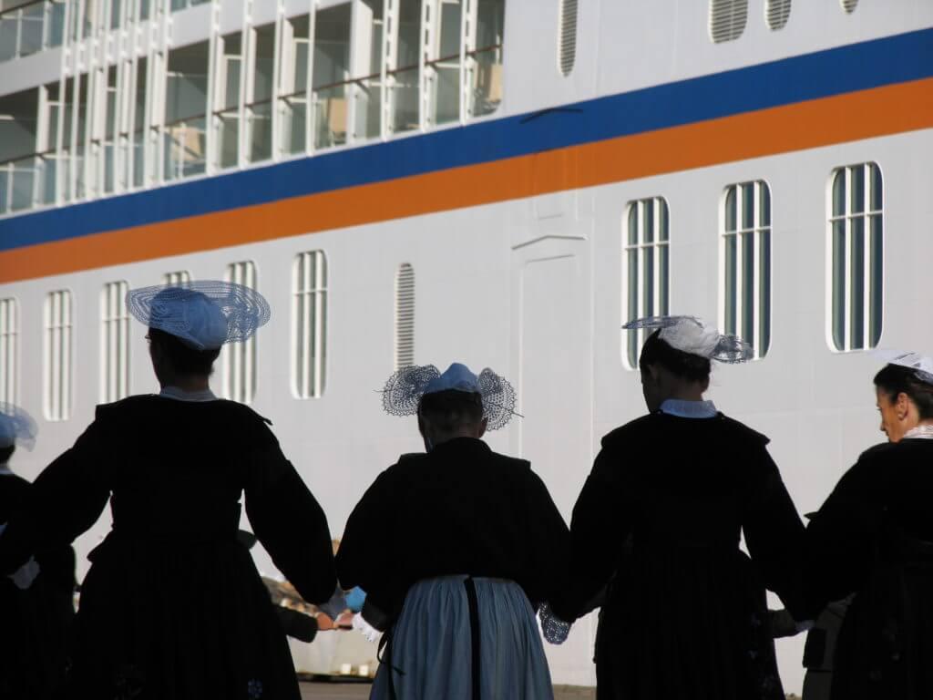 BLB cruises et shorex découverte patrimoine escale France croisière