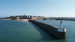 Prestations excursions et visites guides escales port Saint Malo BLB